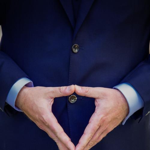 characteristic  hand symbol angela merkel