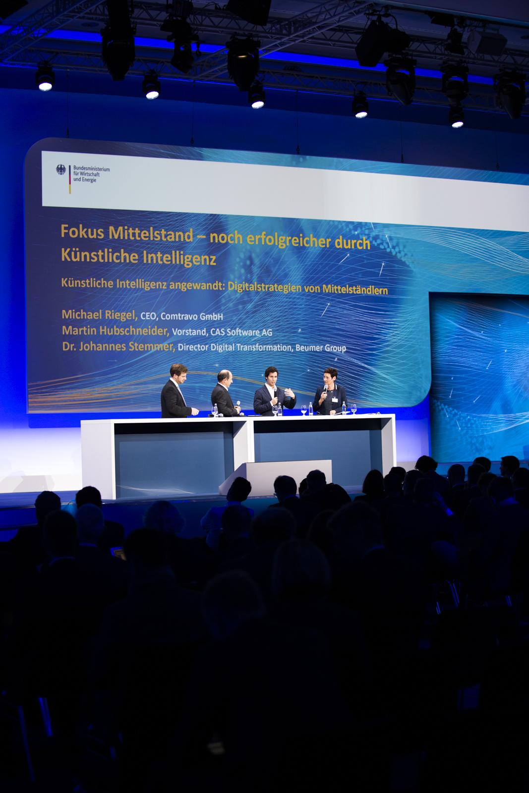 Künstliche Intelligenz angewandt: Digitalstrategien von Mittels